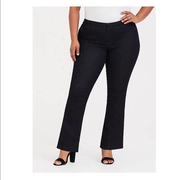 NWOT Torrid dark wash Trouser Slim Bootcut jeans